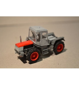 Kolesový traktor ŠKODA ŠT-180