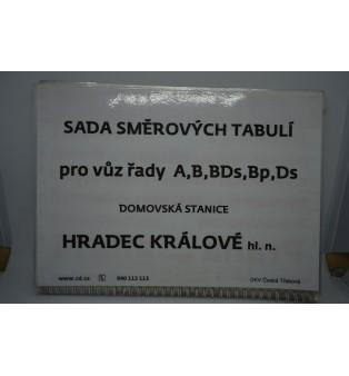 Sada smerových tabúľ (domovská stanica Hradec Králové)